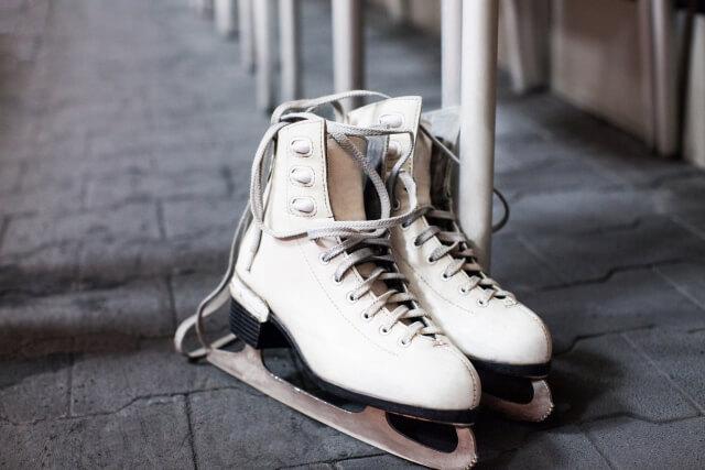 フィギュアスケート靴