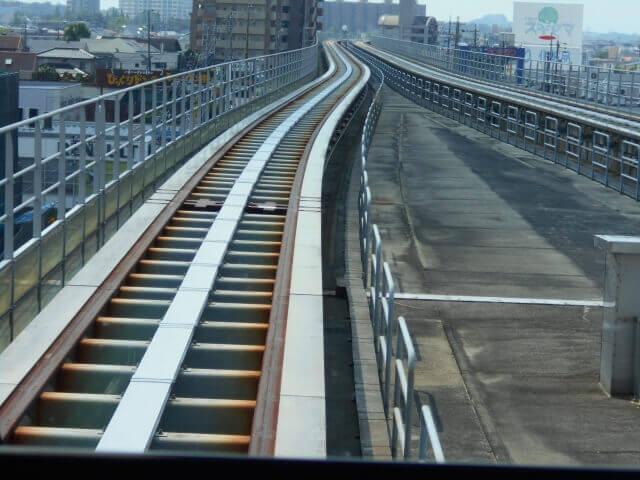 リニア の線路