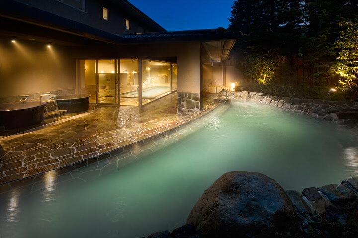 箱根翡翠大浴場