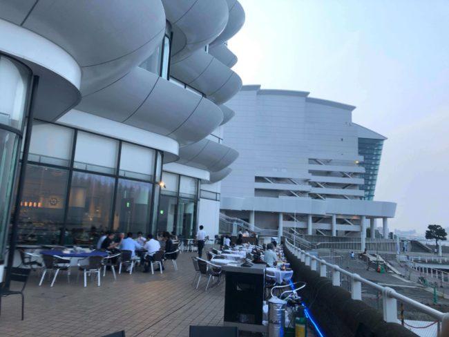 尹ターコンチネンタル ホテル