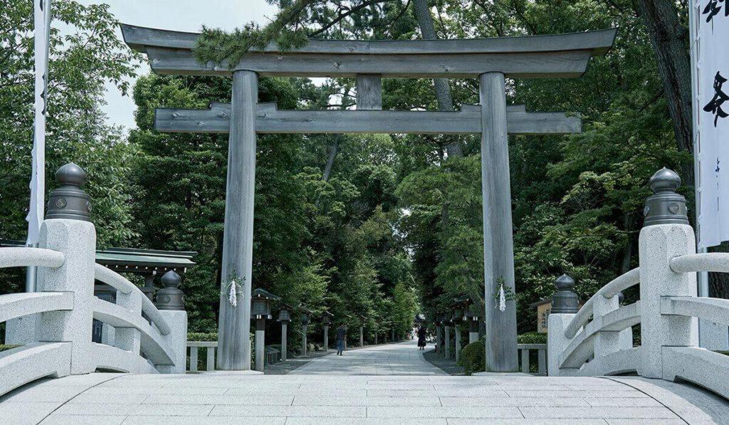 寒川神社三の鳥居
